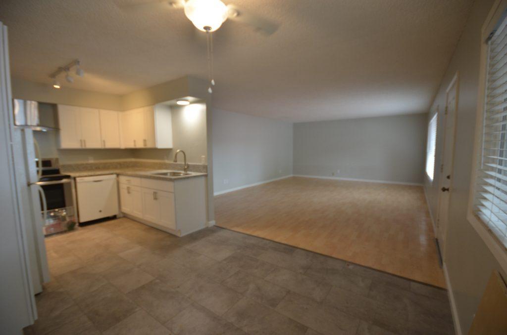 5B kitchen/living room