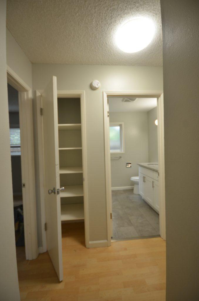 5B linen closet